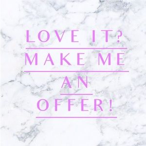 Love the item not the price? 💕Make an offer! 💰